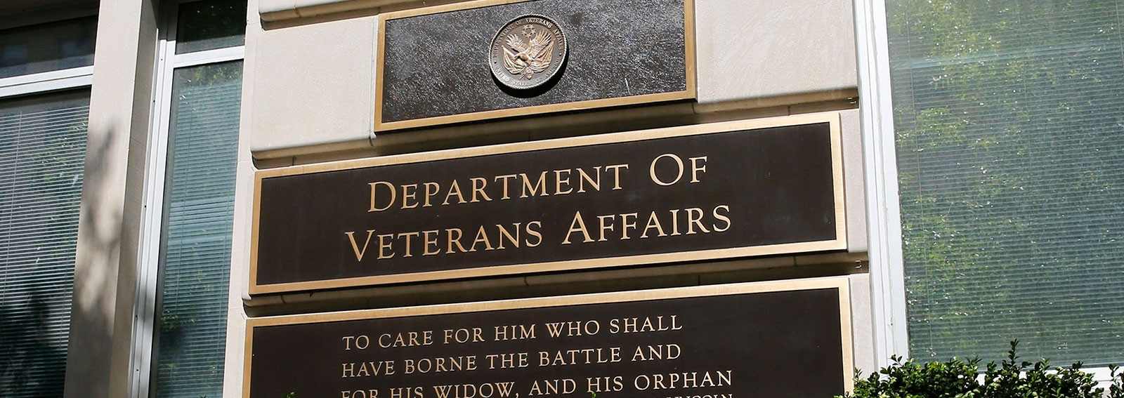Thousands of living veterans declared dead after huge VA snafu