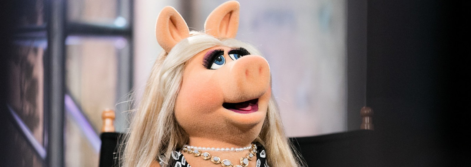 Miss Piggy reveals who makes her feel 'starstruck'