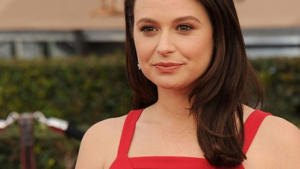 LIVE: Katie Lowes chats about hit show 'Scandal'