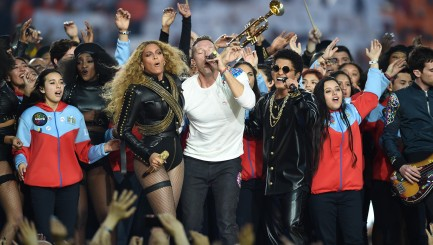 6 moments you didn't see on TV during Super Bowl 50