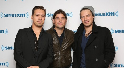 Hanson talks 'MMMBop' nearly 20 years later