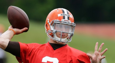 Johnny Manziel's popularity grows