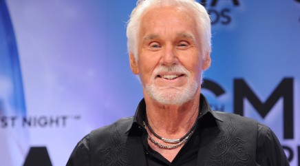 Kenny Rogers has some advice for young celebs