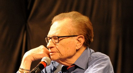 Larry King speaks out against CNN