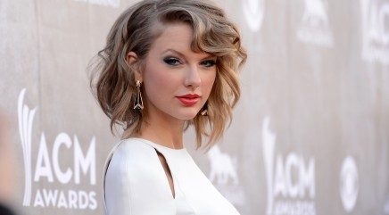 Swift gets a 'makeunder' for big screen role