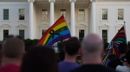Chorus gathers outside White House for touching performance in wake of Orlando massacre