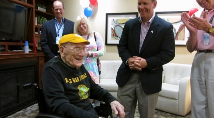 104-year-old WWII veteran fulfills lifelong dream