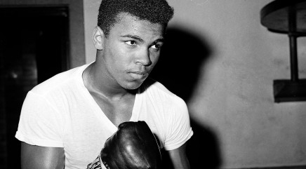 America's top Olympians find special way to honor Muhammad Ali