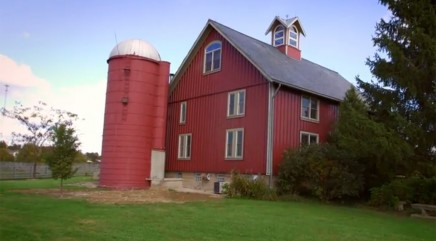 Couple transforms old dairy barn into spacious home