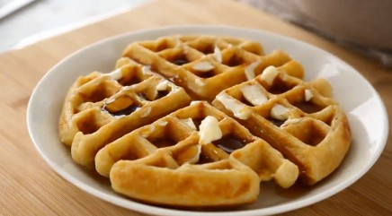Easy Belgian buttermilk waffles