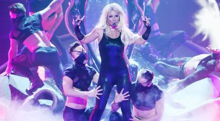 Oops! Spears has another lip syncing mishap