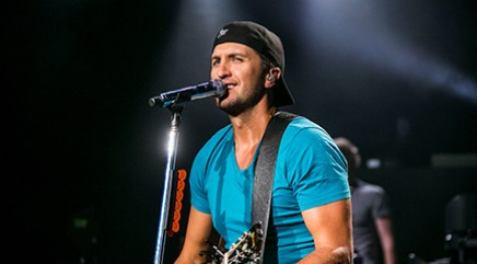 Backstage with country crooner Luke Bryan
