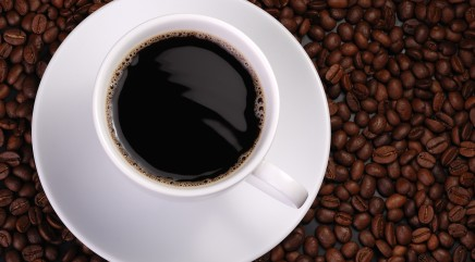 How caffeine affects women differently
