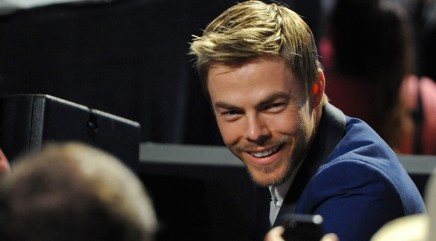 Derek Hough dishes on past 'DWTS' partners
