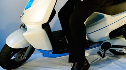 A smartphone-operated scooter