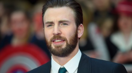 Adorable animal steals the spotlight from Chris Evans