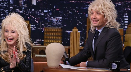 Who Jimmy Fallon resembled in a wig