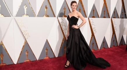 Jennifer Garner divulges the painful truth behind her Oscars dress