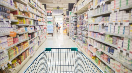 Don't fall for these grocery store traps that make you spend more