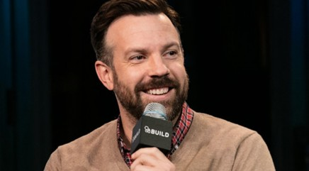 Jason Sudeikis on drawing from his experiences in the arts for his role in 'Race'