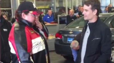 Jeff Gordon gives fan the ultimate surprise