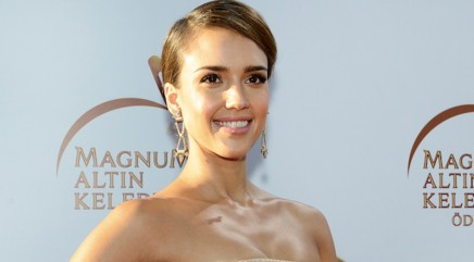 Jessica Alba says she'll do what?