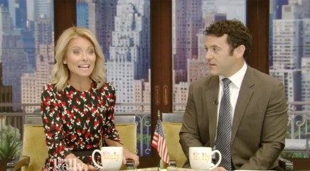 Kelly Ripa recalls hilarious moment she caught Mark Consuelos rolling his eyes