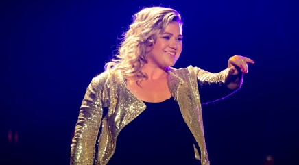2 huge stars turned down the chance to record one of Kelly Clarkson's biggest hits