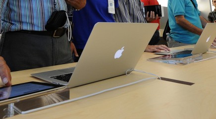 OS X Yosemite improves Mac and iOS devices