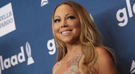 Mariah Carey makes racy move with John Legend onstage