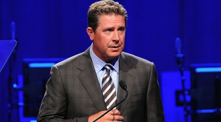 Marino's flip-flop on NFL concussion lawsuit