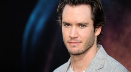 Mark-Paul Gosselaar dishes on his first kiss