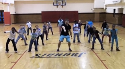 Gym class creates their own adorable 'Nae Nae' dance routine