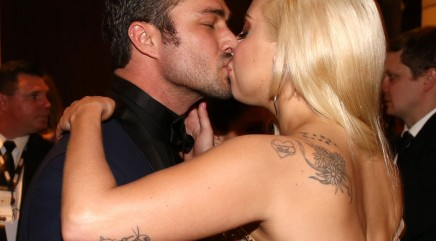 Gaga's beau gives rare relationship details