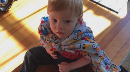 Group of moms go above and beyond to help heartbroken 2-year-old boy with autism