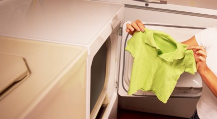Trick to reshaping shrunken clothes requires 2 common household items