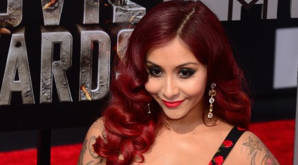 Weird thing Snooki did during interviews