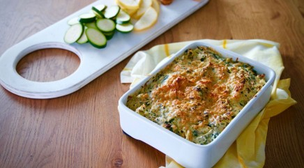 Try out this delicious spinach, artichoke and crab dip