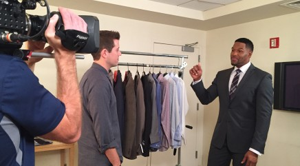 See a side of Michael Strahan you've never seen in 'Real Fan Life'