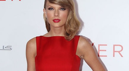Swift surprises young songwriters