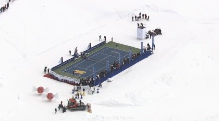 Federer and Vonn play tennis on a glacier