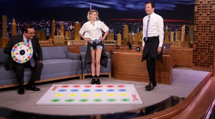 Jimmy Fallon and Kristen Stewart face off in hilarious game of 'Jell-O shot Twister'