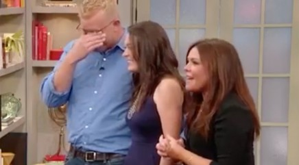 Unexpected guest brings Army veteran to tears
