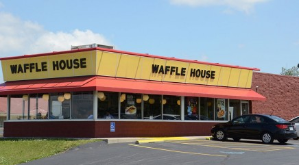Waffle House offers 'romantic' new dinner option