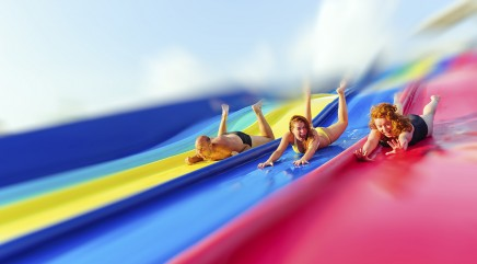 10 most amazing water slides