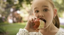 Expert reveals why the sound of chewing drives us crazy