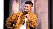 Jordan Fisher reveals huge star who loves his music