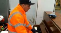Garbage man stuns with incredible piano skills
